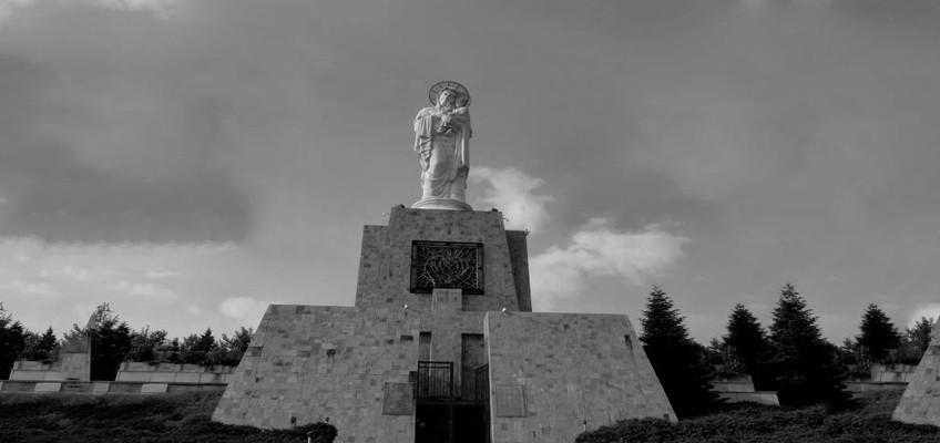 "№72 гр.Хасково – Статуя на ""Света Богородица"""
